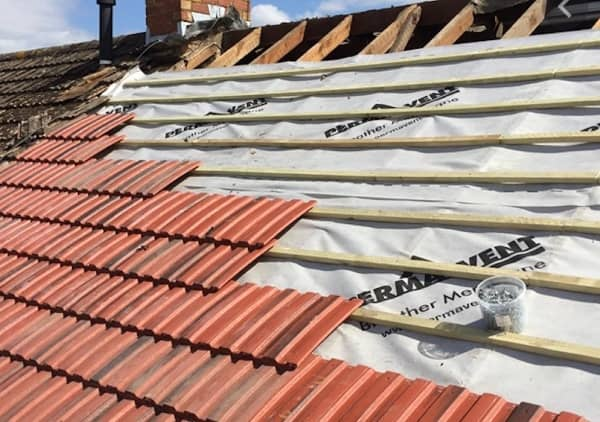 roof replacement expert sunshine coast